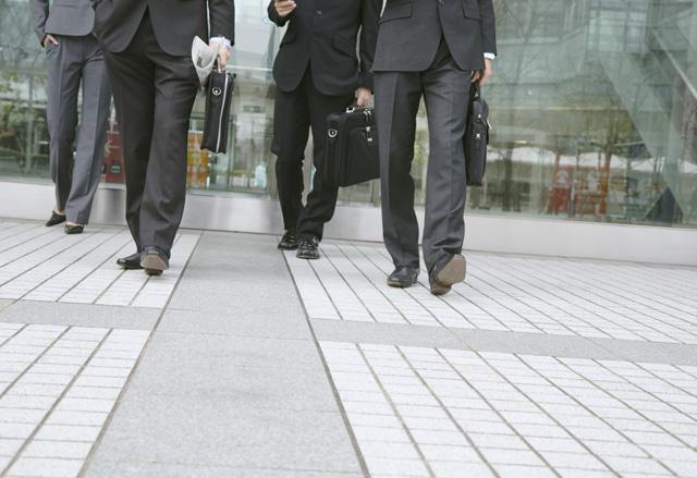 都道府県別人口と行政書士数に見る競争率の違い